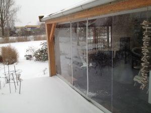 Verandazeilen in de sneeuw